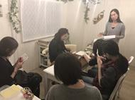 ネイルオイルの企画会議